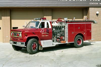 WAUCONDA FD  ENGINE 3420   1000-500   E-1855