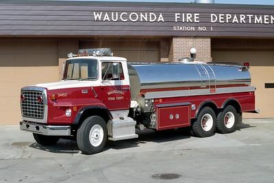 WAUCONDA FD  TANKER 3460  1982  FORD L9000 - 4-GUYS   450-3200