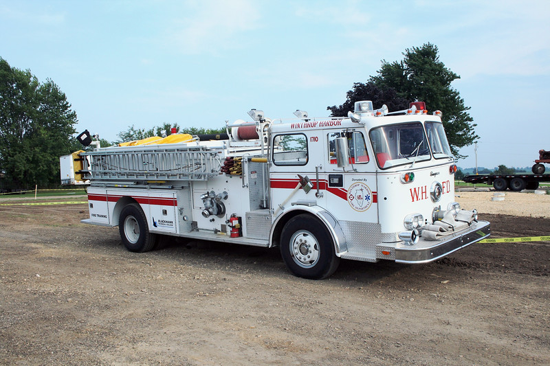 WINTHROP HARBOR  ENGINE 1710   1973 SEAGRAVE  1250-750   AT THE MONROE FIRE SCHOOL