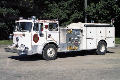 WINTHROP HARBOR  ENGINE 1713   1973 SEAGRAVE  1250-750    BECAME 1710