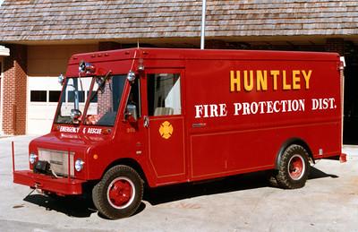 HUNTLEY  RESCUE 985  1970  IHC 1500 METRO STEPVAN
