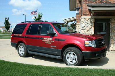 HUNTLEY CAR  FORD EXURSION  TRAINING-SAFETY