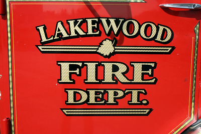 LAKEWOOD DOOR LOGO