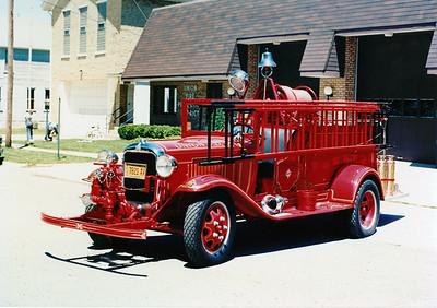 UNION FPD  ANTIQUE 1928  GMC -FERRELL  300-100   X- HUNTLEY FPD
