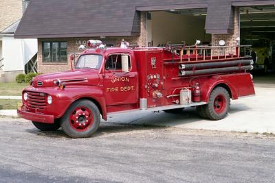 UNION FPD  ENGINE 1504  1950  FORD F7 - DARLEY   500-500