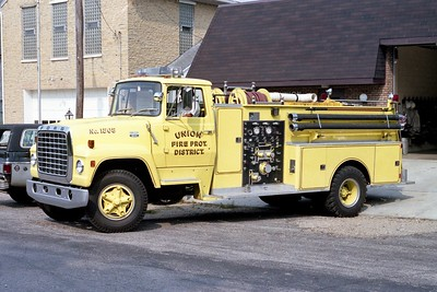 UNION FPD  ENGINE 1505  1975  FORD L - DARLEY   750-1000