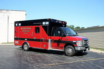 WOODSTOCK FIRE-RESCUE DISTRICT  RESCUE 52  2008  FORD E450 - MEDTEC   #8204