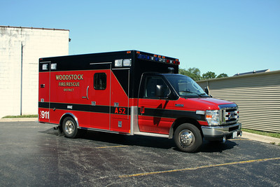 WOODSTOCK AMBULANCE 52