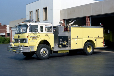 WOODSTOCK RURAL FPD  ENGINE 447  2078  IHC - PIERCE   1000-800    #9638-C