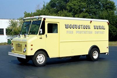 WOODSTOCK RURAL FPD  SQUAD 481  1972  IHC STEPVAN