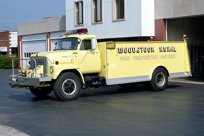 WOODSTOCK RURAL FPD  TANKER 476  1974  IHC FLEETSTAR - WELCH   750-1600   #381