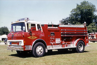 BRAIDWOOD VFD  TANKER 86  1974  CHEVY 427 - ALEXIS   400-1500