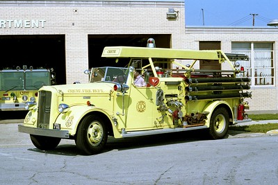 CRETE FD  ENGINE 701  1949  WLF FIRE BALL   750-500