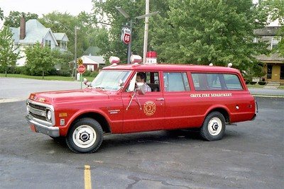CRETE FD  CAR  CHEVY SUBURBAN