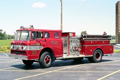 EAST JOLIET  ENGINE 531  1972 FORD C800 - BEAN  1000-500