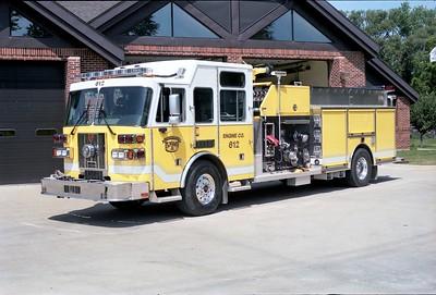 ELWOOD  ENGINE 612  2004 SUTPHEN   2000-750-300F  HS-3791