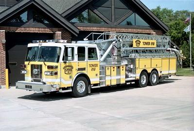 ELWOOD  TOWER 619  2004 SUTPHEN  2000-500-110'  HS-3858