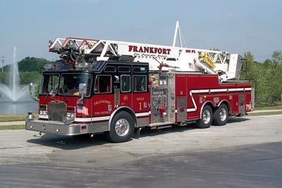 FRANKFORT TRUCK 719  KME 102'