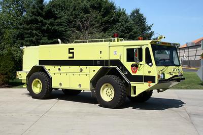 LOCKPORT FPD  ARFF 5  1991 AMERTEK CF400L  1000-1000-130F-500# HALON  X-US NAVY FD @ NORFOLK NAVAL YARD,VA