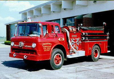 LOCKPORT FPD ENGINE 12 FORD / AMERICAN LAFRANCE