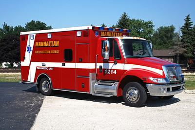 MANHATTAN FPD  AMBULANCE 1214  2007  IHC 4300 - ROAD RESCUE   # 5258