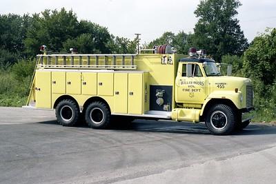 MILLER WOODS FPD IL  TANKER 455  1978 IHC FLEETSTAR 2010 - DARLEY    1000-2500  OFFICERS SIDE