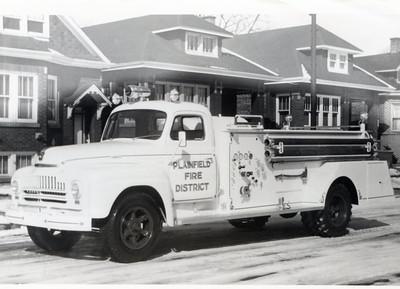 PLAINFIELD FPD  1952 IHC-DARLEY  500-700