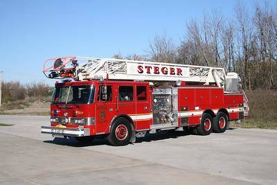 STEGER TRUCK 105  1988 PIERCE ARROW  1250-250-105'  E-4371   X- PARK RIDGE FD