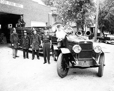 STEGER FD 1923 LADDER TRUCK copy