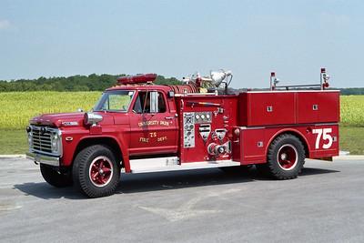 UNIVERSITY PARK FD  ENGINE 75  1968  FORD F750 - WLF   750-500