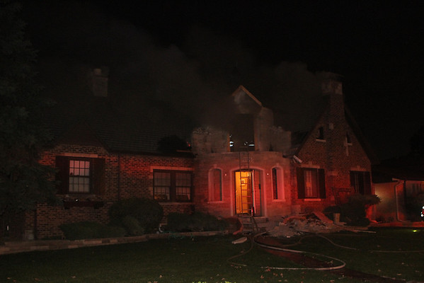 ELMWOOD PARK BOX ALARM 1826 N. 79TH AVENUE (10-11-2011)
