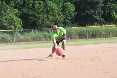 20150625 Livewell Kickball-15