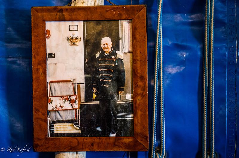 Cirkus Krones grundlægger Regner Thierry lagde ud med markedsgøgl og fup og svindel...