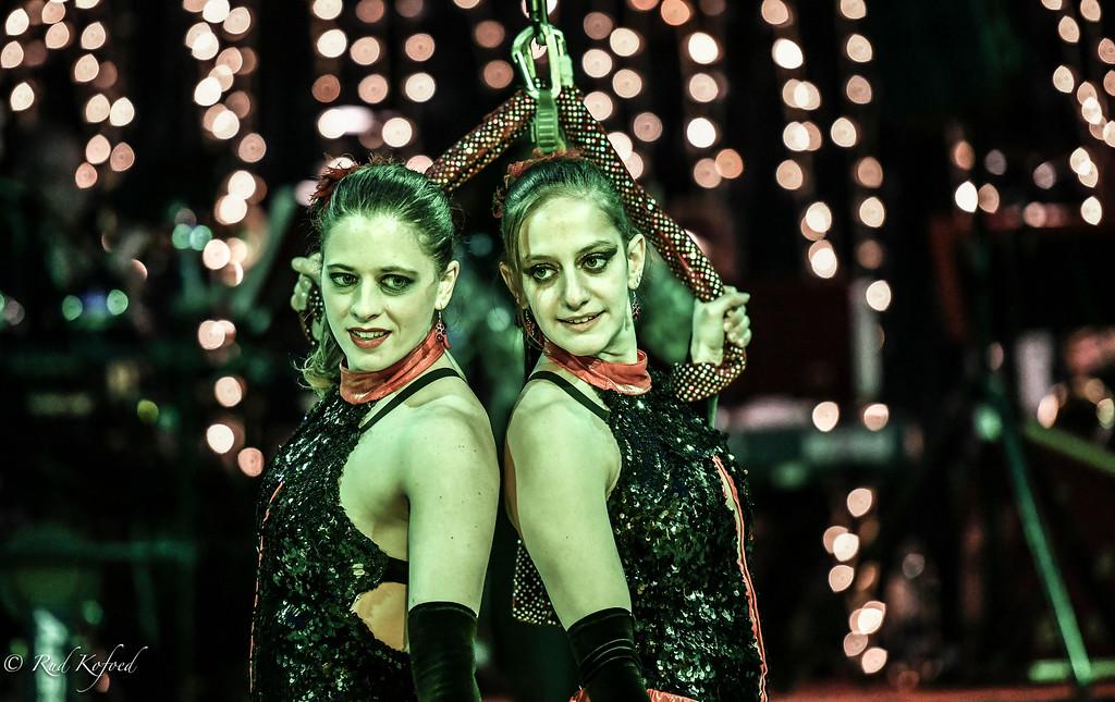 Seraina Imholz og Michele Klein startede i sidste sæson deres danske karriere i Cirkus Arli med succes...nu får de endnu mere luft under vingerne i Cirkus Trapez