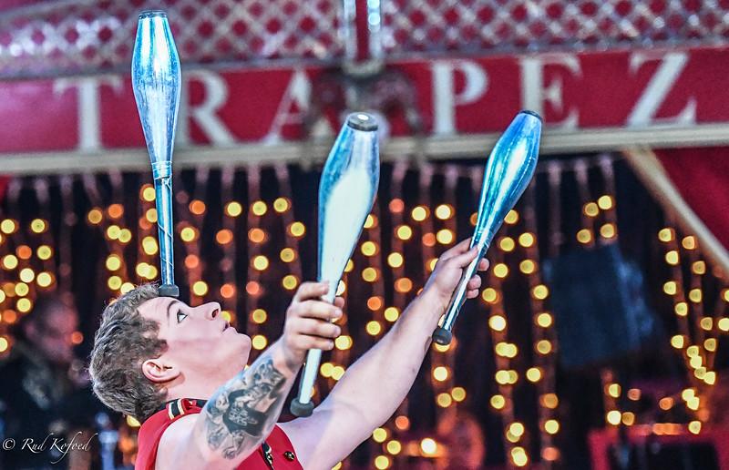 Løft dit hoved, du raske Marc Dorfner - det er nu, du skal være jonglør...