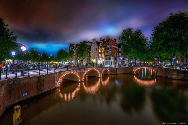 2016.26 - LE - AmsterdamCanal  - NoColors - IX - HRes