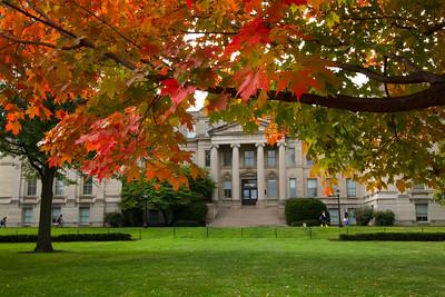 campus_fall_old cap_stu_2015_9750