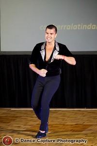 Oliver Pineda - Salsa