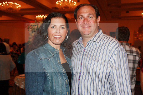 IMG_9666 Linda and Ralph Behmorias