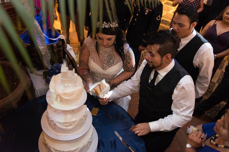 CAKE (5 of 22).jpg