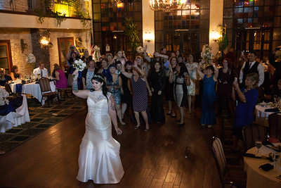 BOUQUET TOSS (1 of 16)
