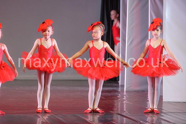 TRIPLE FANTASY 2015 Rehearsals - East Devon Dance Academy