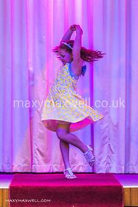 maxy-maxwell-event-photographer-DAW-fashion-show-ocean-exmouth_19