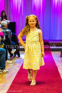 maxy-maxwell-event-photographer-DAW-fashion-show-ocean-exmouth_18