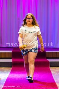 maxy-maxwell-event-photographer-DAW-fashion-show-ocean-exmouth_07