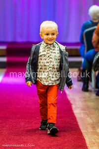 maxy-maxwell-event-photographer-DAW-fashion-show-ocean-exmouth_14