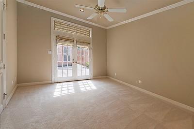Bedroom 1 DSC_7899