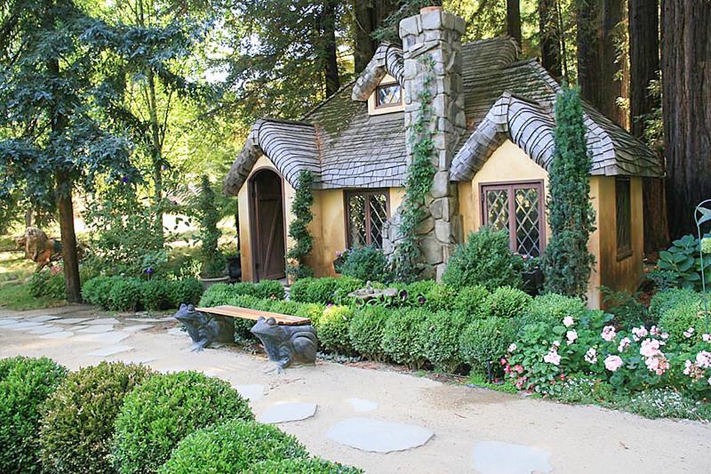 The Fantasy Garden