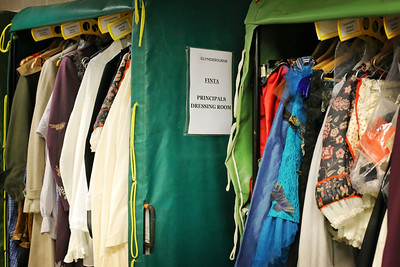 06 Wardrobe