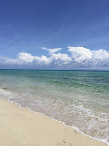 Playa del Este in Cuba  Photo by: Cynthia Carris Alonso/Photo SolutionsNYC  carris27@aol.com 917-678-8089